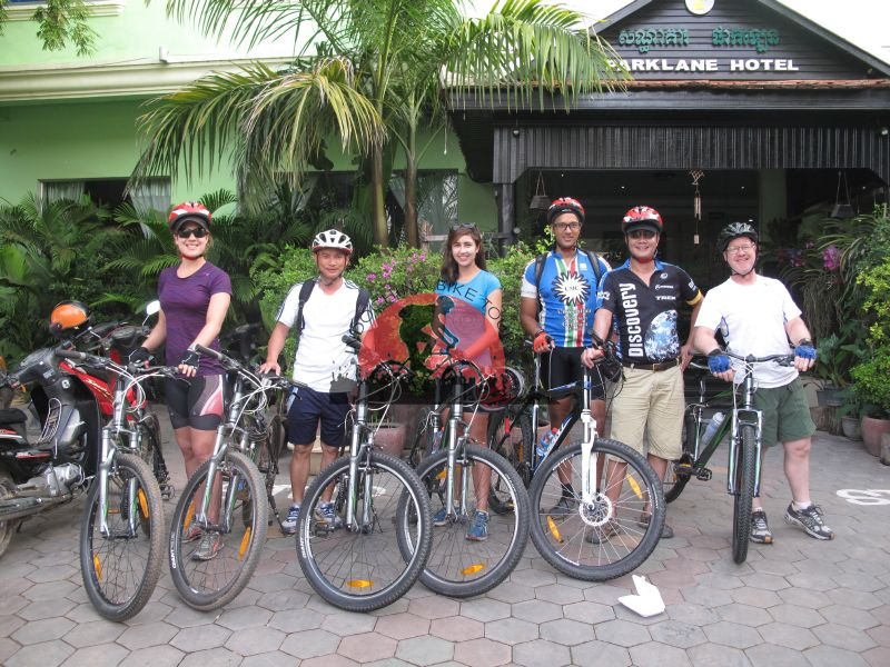 Phnom Penh Cycling To Kep To Vietnam Border - 3 Days