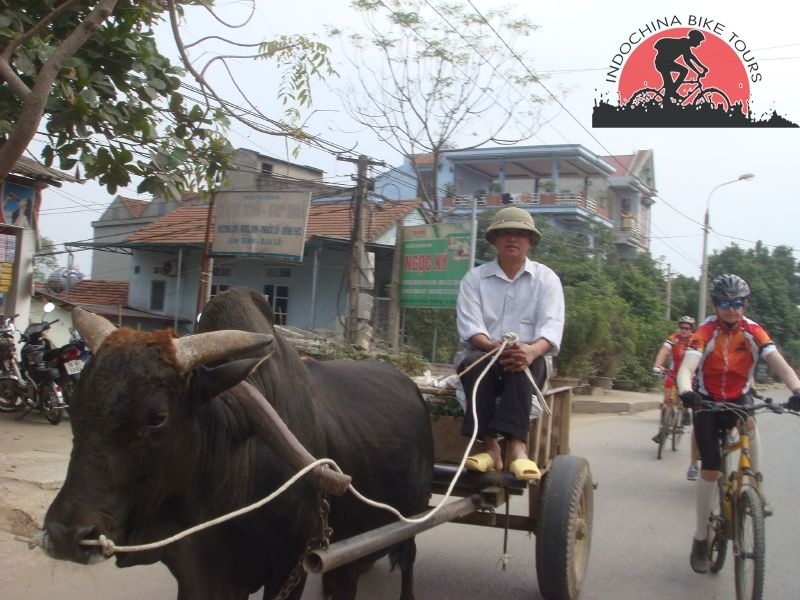 Hanoi Riding To Vientiane - 16 Days